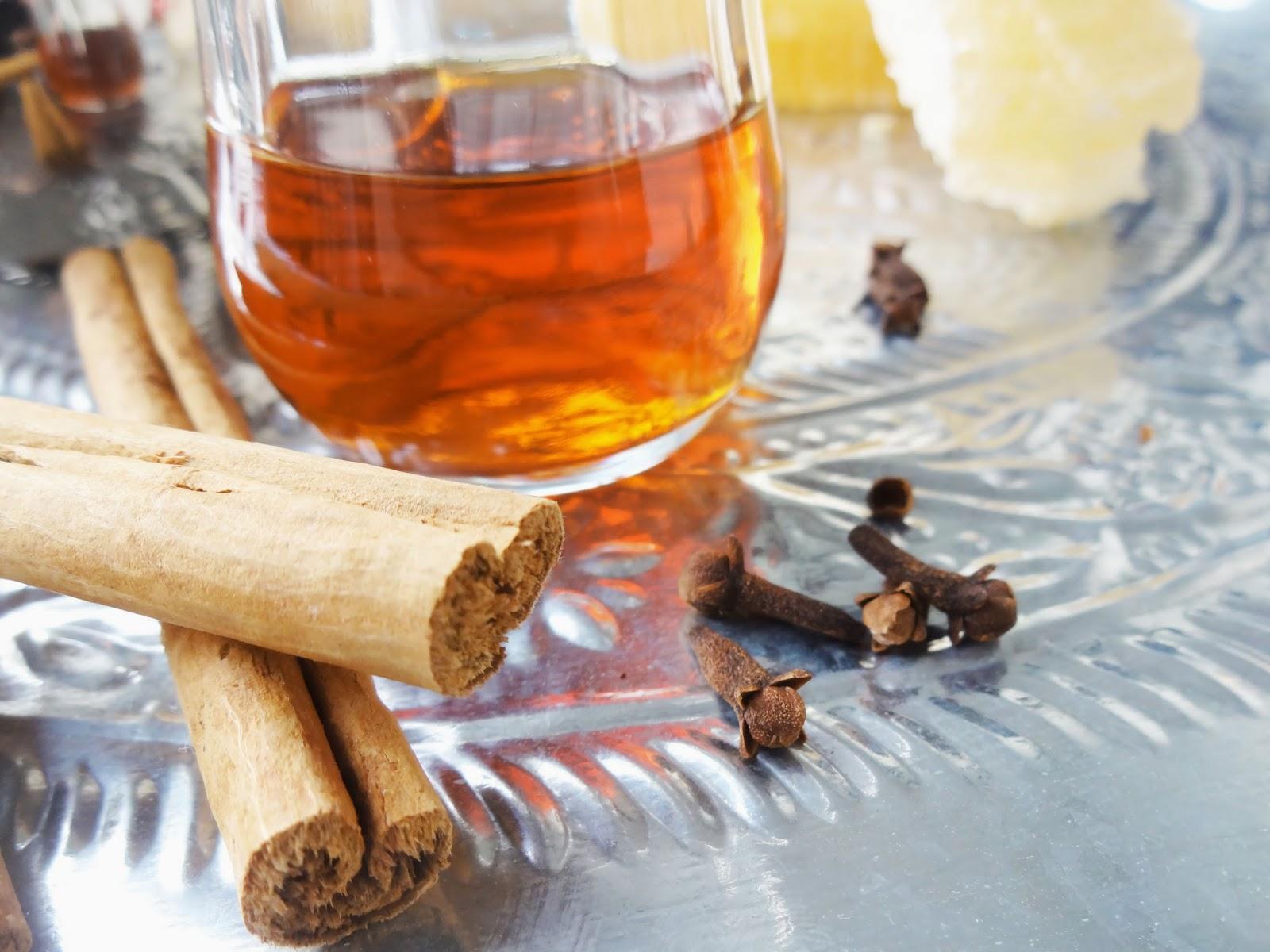 علاج الزكام بالليمون مع العسل والقرفة
