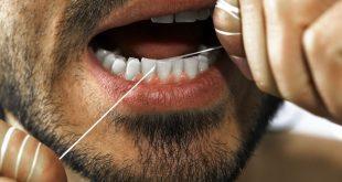 خيط الاسنان