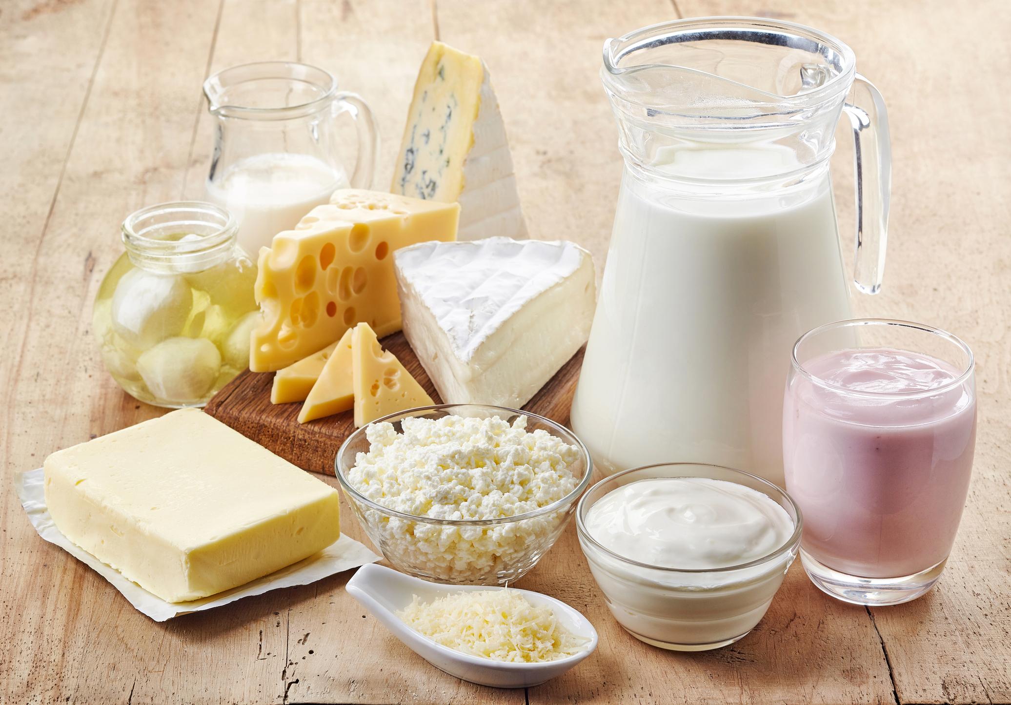 فوائد منتجات الالبان - ايهما افضل للاستهلاك الكامل الدسم - قليل السم أم خالي الدسم