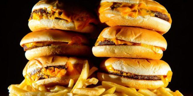 اطعمة غير صحية