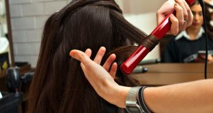 اضرار مكواة الشعر